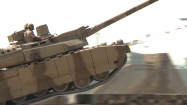Video «Schweizer Rüstungsbetriebe: Heikle Exportgeschäfte» abspielen