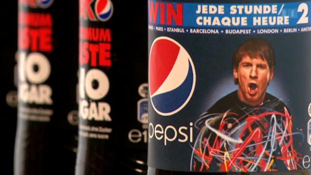 Video «Absurder Pepsi-Wettbewerb: Wer gewinnt muss zahlen» abspielen