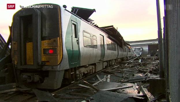 Video «Schwerer Sturm in Irland» abspielen