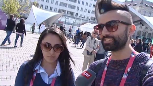 Video «Fan-Stimmen zu «Takasa» aus dem EuroVillage in Malmö» abspielen
