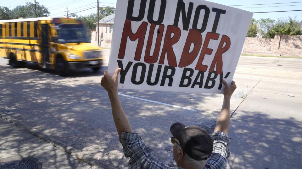 Das rigorose Gesetz in Texas bleibt vorläufig in Kraft