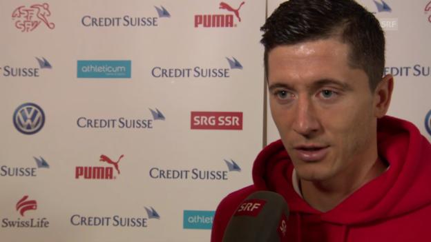 Video «Fussball: Robert Lewandowski im Interview» abspielen