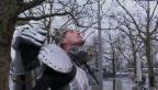 Video «Streifzug: Wolfram Koch als Ritter in Zürich» abspielen