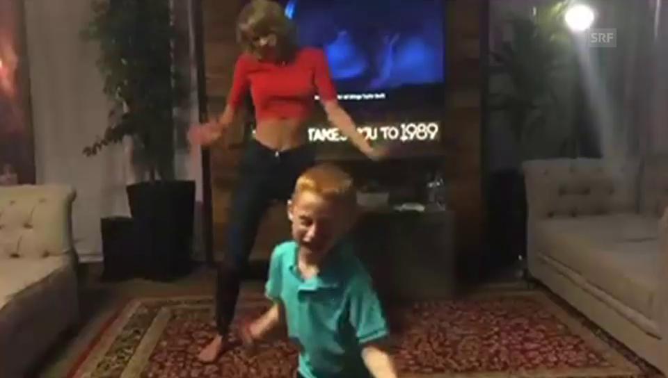 Taylor Swift schwingt das Tanzbein