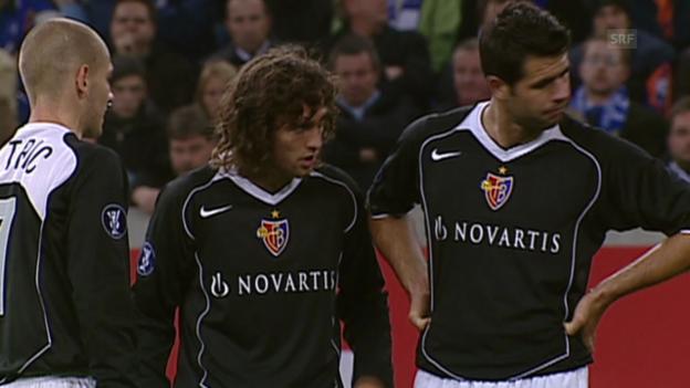 Video «Fussball: Rückblick Schalke - Basel von 2004» abspielen
