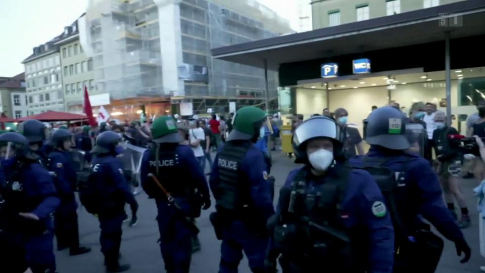 Demonstraziuns a Berna