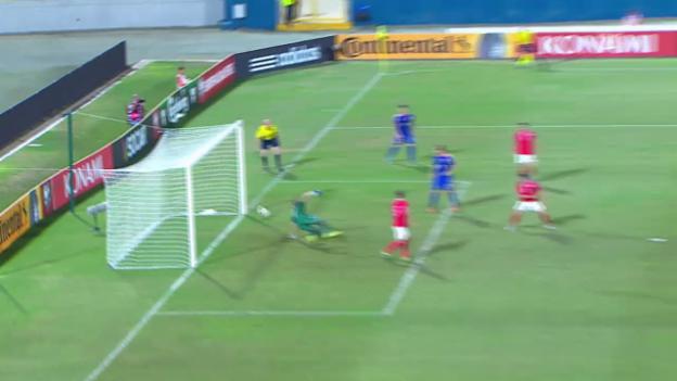 Video «Fussball: EURO-Qualifikation 2016, Malta - Kroatien» abspielen