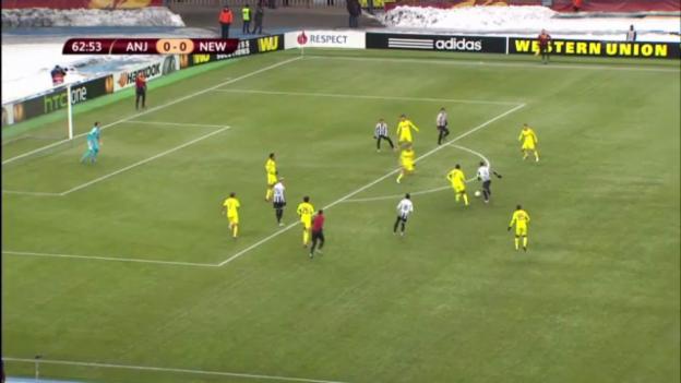 Video «Fussball: EL-Achtelfnial Anschi - Newcastle» abspielen