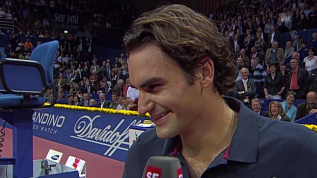 Video «Tennis: Swiss Indoors, Lachanfall Federer 2007» abspielen