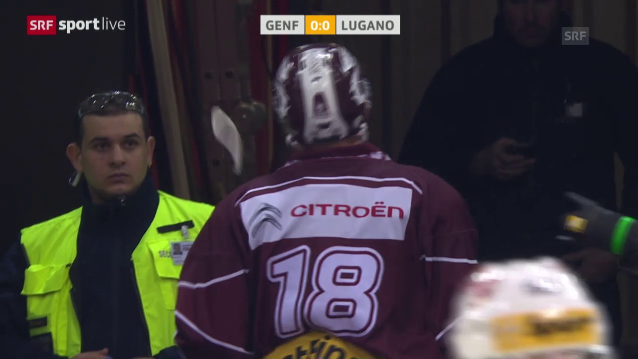 Eishockey: NLA, Genf - Lugano, Jeremy Wicks Check gegen Julian Walker