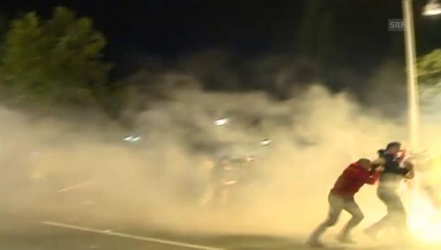 Video «Zusammenstösse zwischen Polizei und Demonstranten in Montenegro (24.10.15)» abspielen