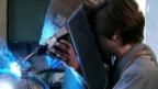 Video «Handarbeit: Wie eine Kuhglocke entsteht» abspielen
