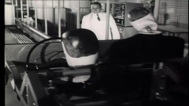 """Video «Crashtest in der """"Filmwochenschau"""" (SF vom 23.3.1973)» abspielen"""