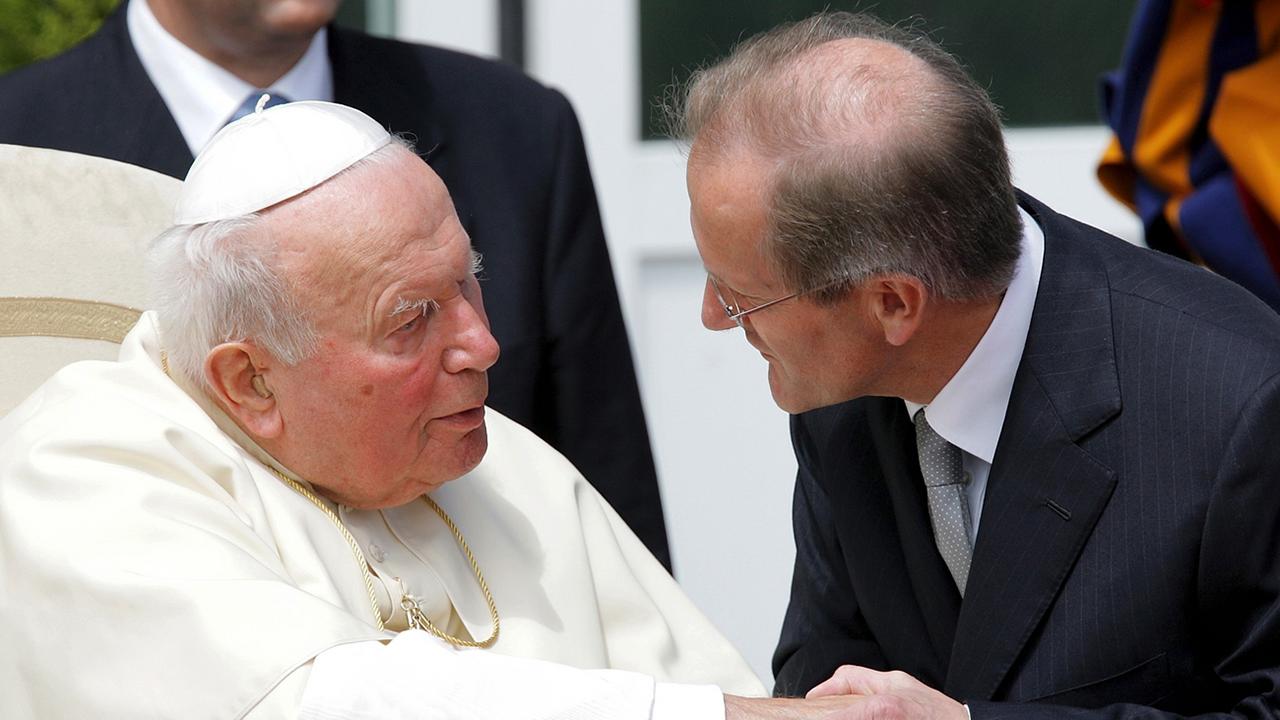 Pled rumantsch da Papa Gion Paul II. tar sia visita il 2004
