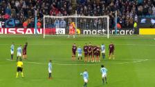 Link öffnet eine Lightbox. Video Sanés Traumfreistoss gegen Hoffenheim abspielen