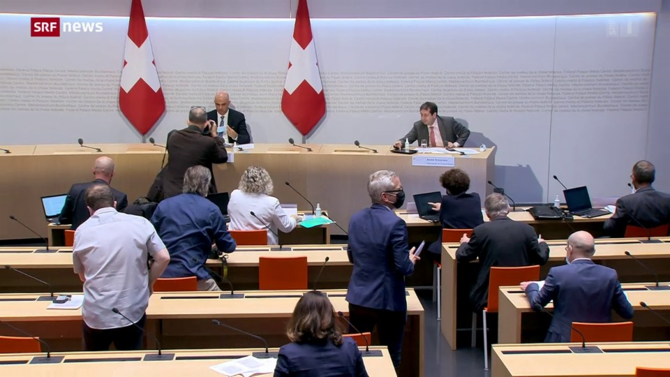 Aus dem Archiv: Bundesrat präsentiert präventive Herbst-Szenarien