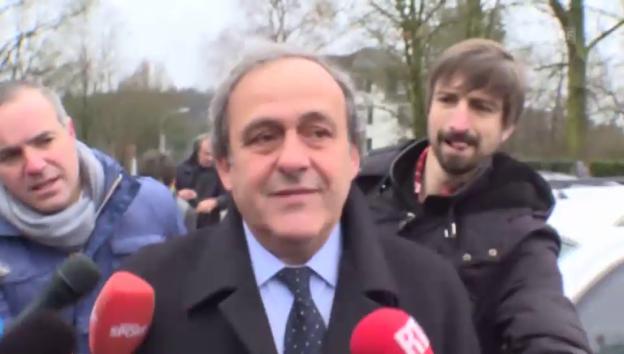 Video «Michel Platini bei seiner Ankunft am Fifa-Hauptquartier» abspielen