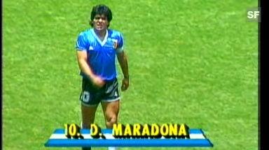 Video «Schönstes WM-Tor: Maradonas Jahrhundertor gegen England» abspielen