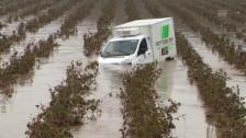 Link öffnet eine Lightbox. Video Überflutete Felder und unterspülte Strassen in Südfrankreich (unkom.) abspielen