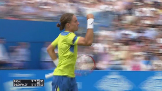 Video «Tennis: ATP Queen's, Highlights Nadal-Dolgopolow» abspielen