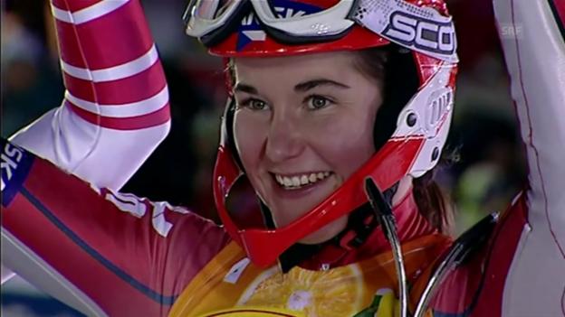Video «2007: Strachova fährt als Zahrobska zum WM-Titel» abspielen