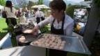 Video «Gault-Millau Garden Party: Starköche laden zum Openair-Schmaus» abspielen
