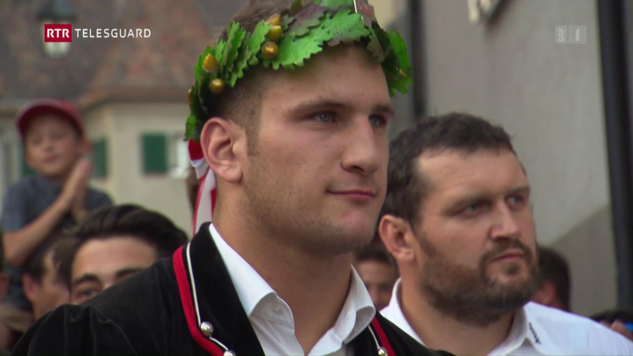 Festa gronda a Maiavilla per il lutgader Armon Orlik