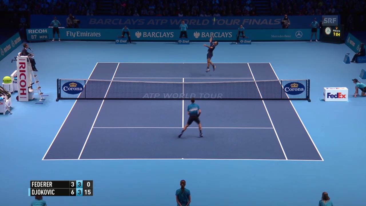 Tennis: ATP Finals 2015, Final Federer - Djokovic, der Punkt des Tages geht an Federer