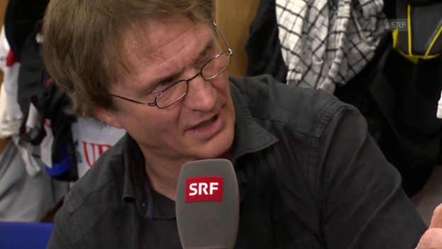 Video «Eishockey: Spengler Cup, Gespräch mit Arno del Curto, Teil I» abspielen