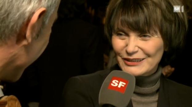 Video «Stil-Ikone Micheline Calmy-Rey erhielt den Style-Glory 2011.» abspielen
