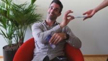 Video ««Es bitzli Prämie» – der Krankenkassen-Song mit Philippe Gerber» abspielen