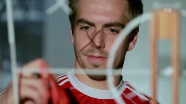 Video «Fussball: CL-Viertelfinal Bayern - ManUnited, Lahm vor dem Rückspiel» abspielen