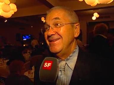Video «Claude Nobs feiert inmitten von Stars» abspielen