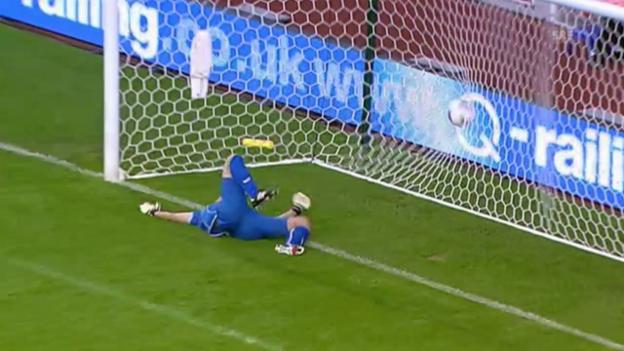 Video «Fussball: Europa League Playoffs, Thun verliert bei Stoke City» abspielen
