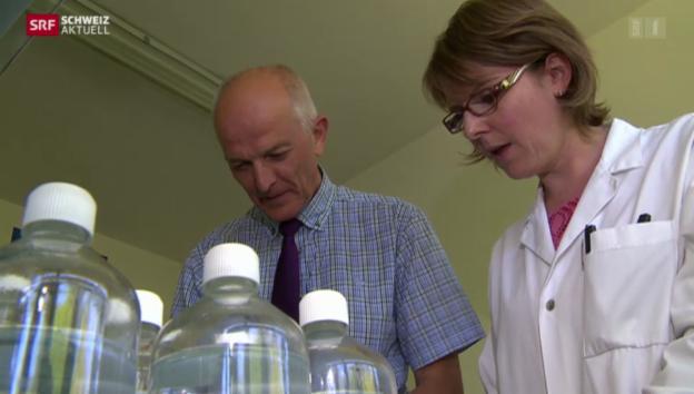 Video «Verschmutztes Trinkwasser im Sensebezirk» abspielen