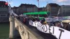 Video «Maturareisen in Basel – künftig nicht mehr per Flugzeug» abspielen