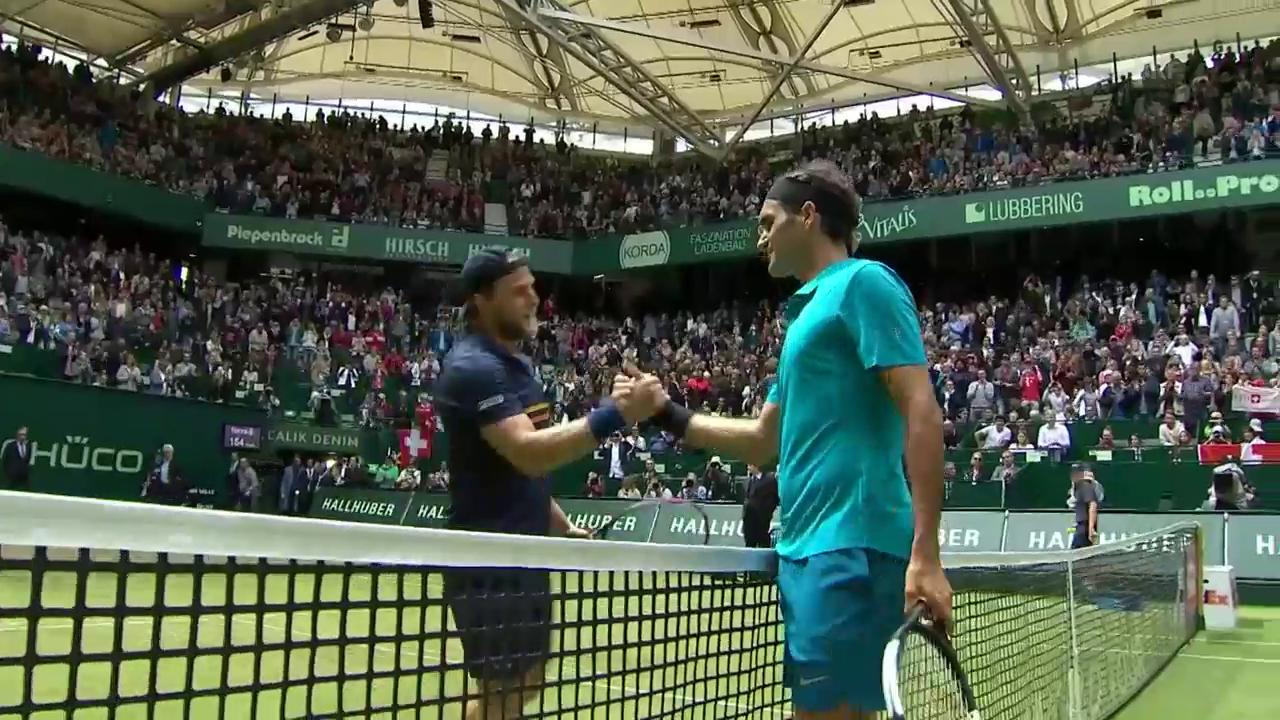 Federer kämpft sich in den Final von Halle