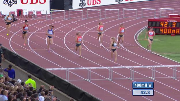 Video «Leichtathletik: Athletissima Lausanne, 400m Hürden Frauen» abspielen