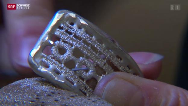 Video «Stickereien aus Edelmetall» abspielen