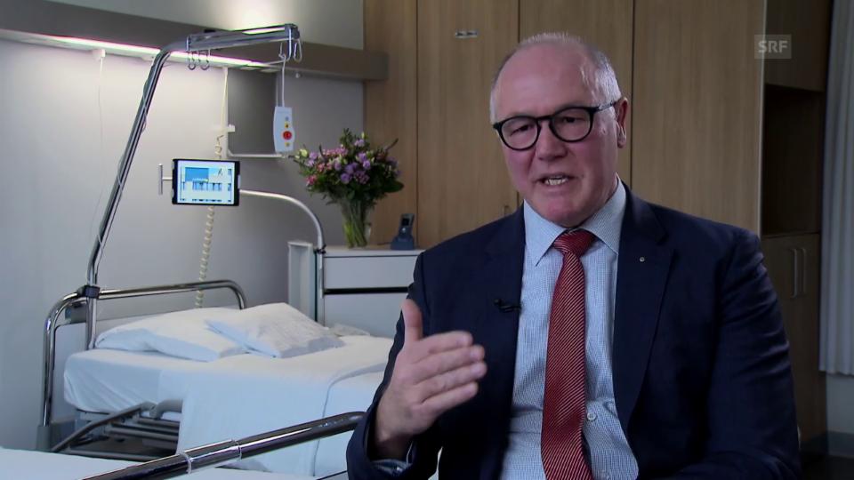 Spitaldirektor Thomas Brack in Erklärungsnot: «Am Tag der offnen Tür haben uns viele gefragt, weshalb sie sich überhaupt noch zusätzlich versichern sollen, wenn es ja nur noch Zweierzimmer gibt.»