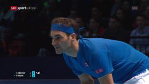 Video «Federer schlägt Thiem deutlich» abspielen