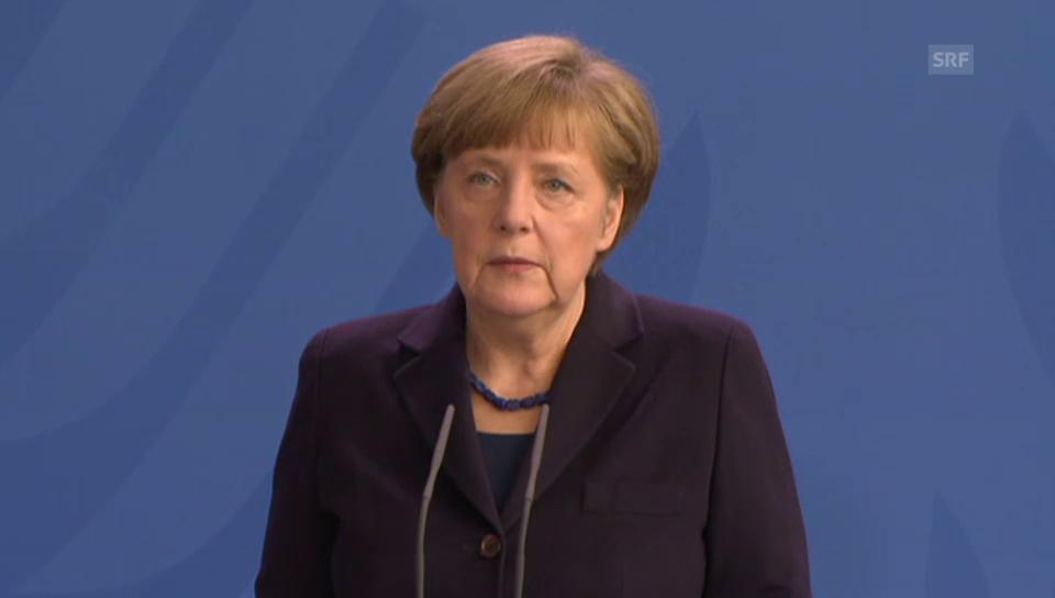 Bundeskanzlerin Angela Merkel zeigt sich vom Absturz tief betroffen
