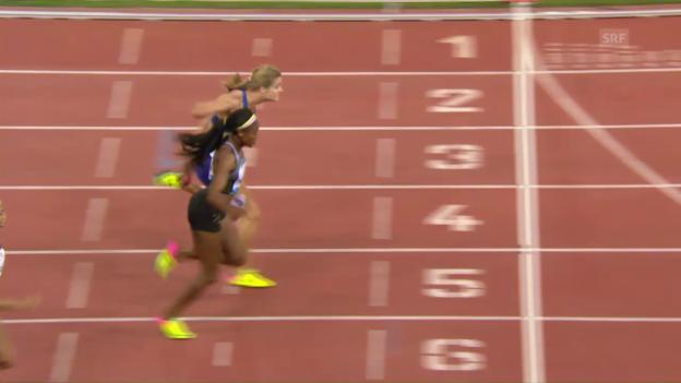 Video «Spektakel beim 200-m-Rennen der Frauen» abspielen