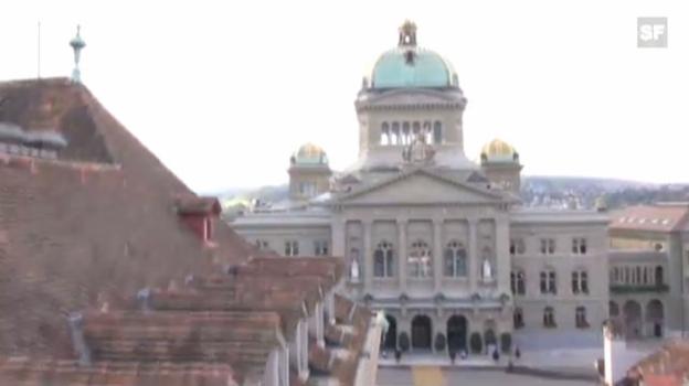 Video «Flug über und durch das Bundeshaus» abspielen