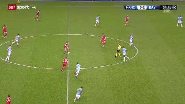 Video «Fussball: FC Bayern: Erst Tiki-Taka - dann der lange Ball («sportlive»)» abspielen