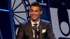 Link öffnet eine Lightbox. Video Die Siegesrede von Ronaldo abspielen