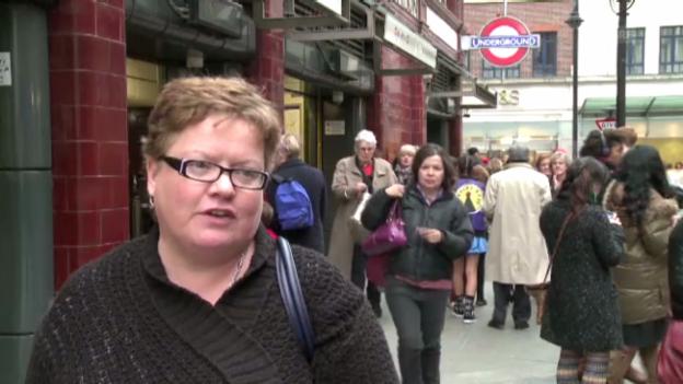 Video «Die alte Hassliebe der Londoner zur U-Bahn (zum Teil Originalton)» abspielen