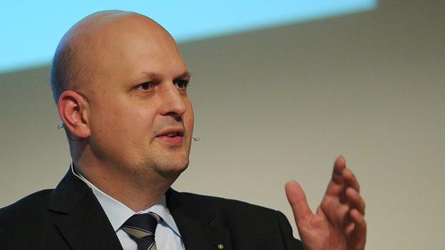 FDP-Präsident Michael Baumer im Gespräch (Michael Ganz 21.4.2013)