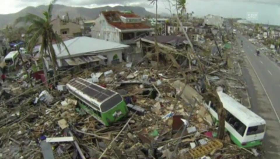 Dronenaufnahmen zeigen die Verwüstung des Taifuns (ohne Ton)