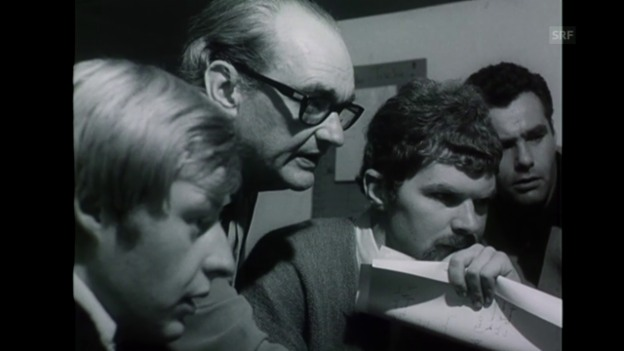 Video «Kurt Früh gründet die erste Filmklasse des Kunstgewerbemuseums Zürich.» abspielen